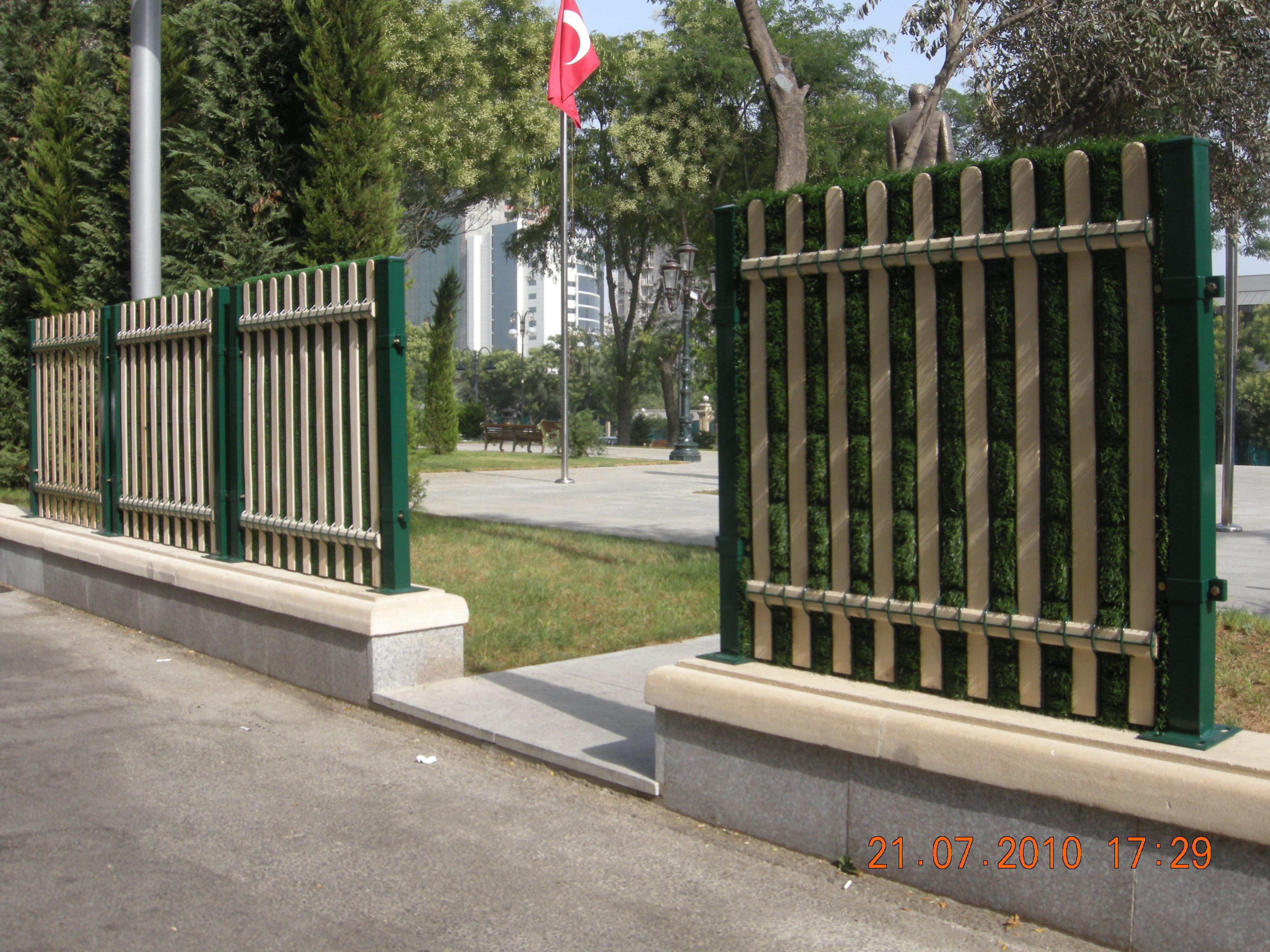 Baku Atatürk Parkı-Panel Çit İşleri
