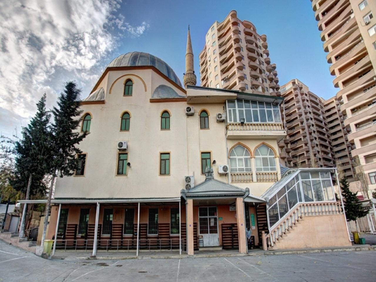 İlahiyat Camii Bakü